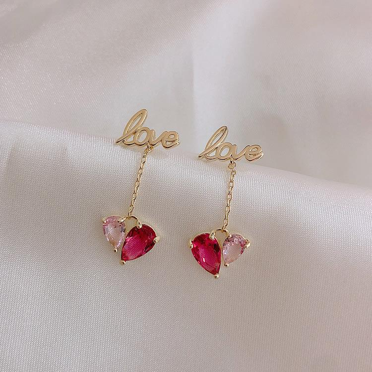 LOVE CRYSTAL EARRINGS