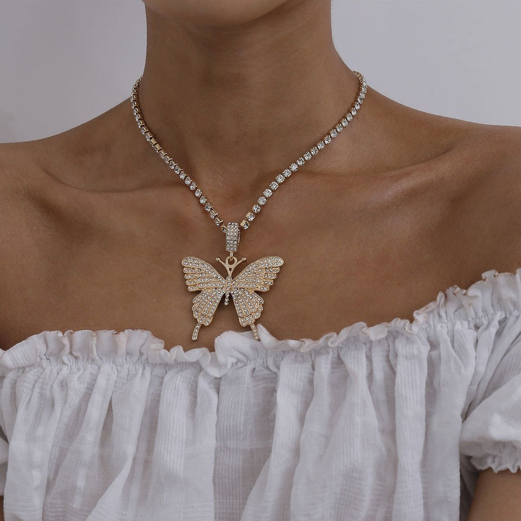 LARGE BUTTERFLY RHINESTONE NECKLACE