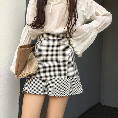 B&W PLAID FISHTAIL SKIRT