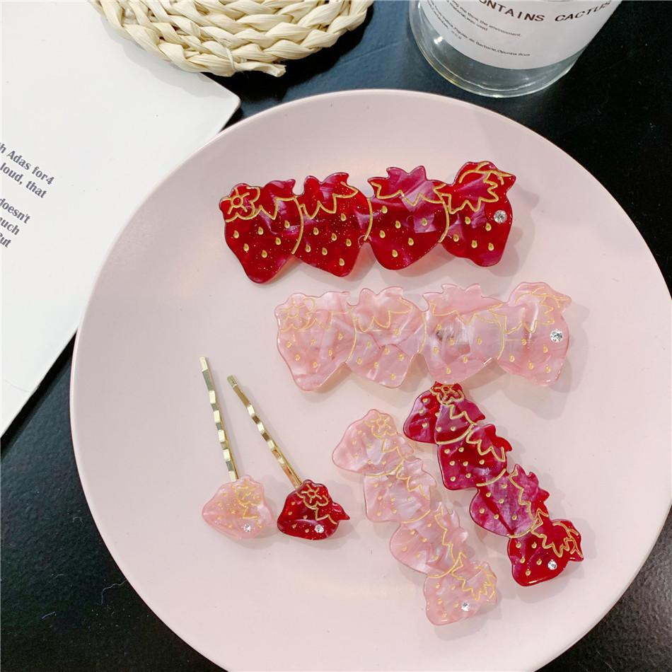 KOREAN STRAWBERRY HAIR CLIP (2PCS)