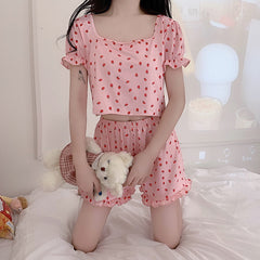 STRAWBERRY PUFF SLEEVE TOP OR WOODEN EAR SHORTS