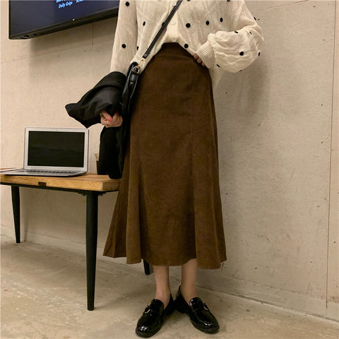 CORDUROY MID-LENGTH FISHTAIL SKIRT