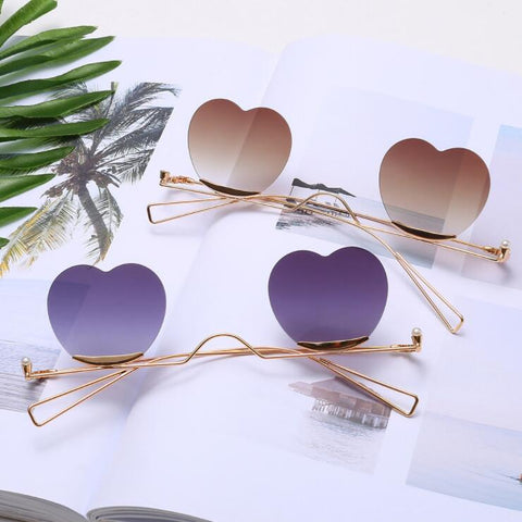 HEART POP SHADES SUNGLASSES