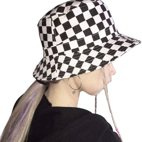 RACER BUCKET HAT