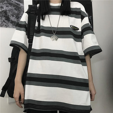 DARK STRIPES TEE