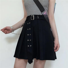 BLACK PLEATED CHAIN BELT SKIRT