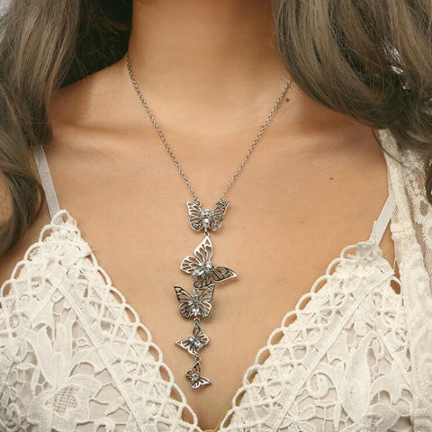 HOLLOW BUTTERFLY PENDANT NECKLACE