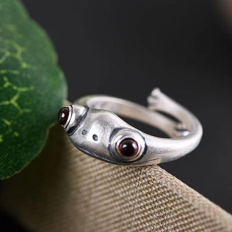 POMEGRANATE RED FROG OPEN RING