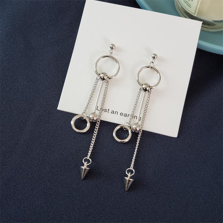 RING METAL BALL RIVET CHAIN EARRINGS