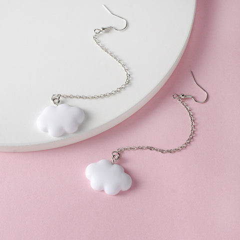 WHITE CLOUDS TASSEL CHAIN EARRINGS