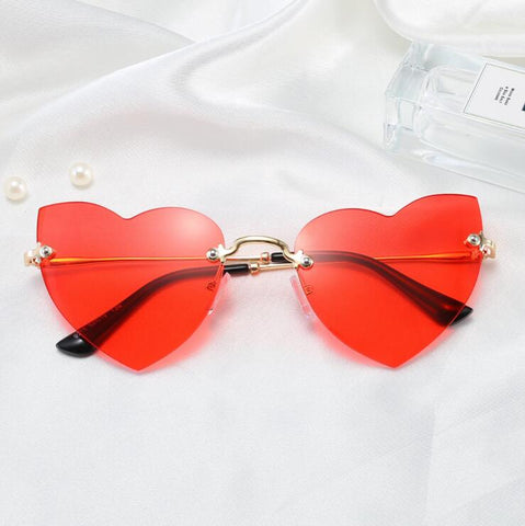 HEART CUT SUNGLASSES