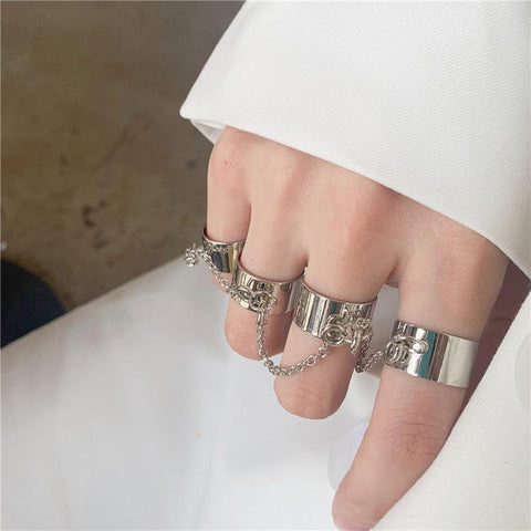 OPEN CHAIN TASSEL SIAMESE RING