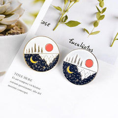 SUN AND MOON ALTERNATING PINS (SET/2PCS)
