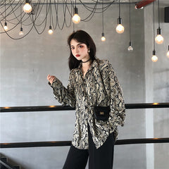 RETRO SNAKE PRINT LONG SLEEVE SHIRT