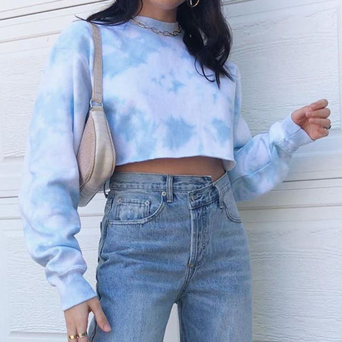 BLUE TIE DYE CROPPED PULLOVER SWEATER