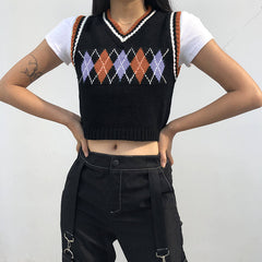 VINTAGE DIAMOND CHECK V-NECK KNIT VEST