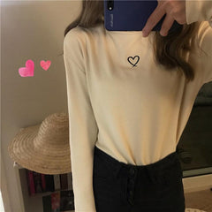 HEART EMBROIDERED TURTLENECK TOP