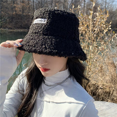 LAMB WOOL BUCKET HAT