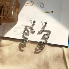 LOVE EARRINGS (2pairs)