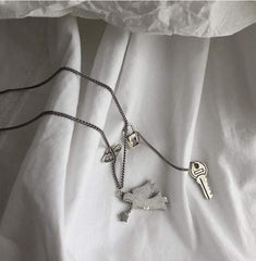 CUPID SHOOTER LOCK HEART NECKLACE 202101