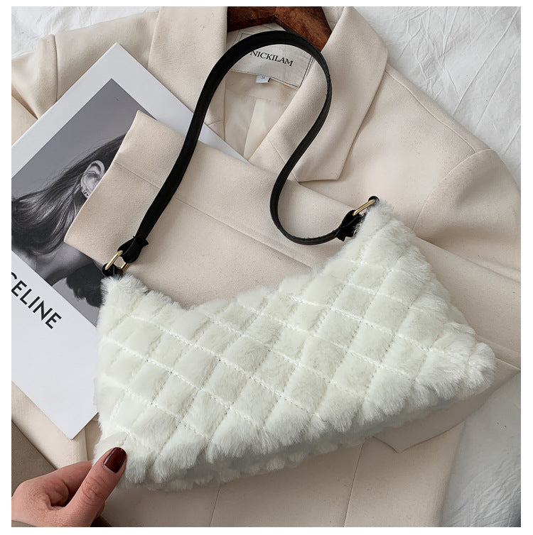 FURRY RHOMBUS HANDBAG