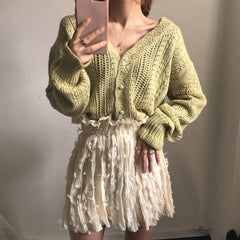 HOLLOW V-NECK LONG SLEEVE KNIT SWEATER