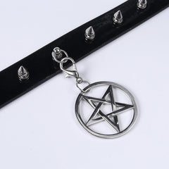 STARS STUDDED PU LEATHER CHOKER
