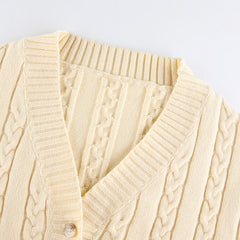 DIAMOND V-NECK KNITTED CARDIGAN SWEATER