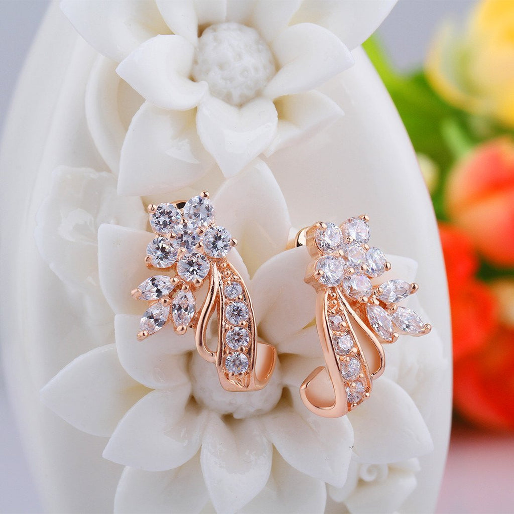 Rose Gold-Plated White Round Cubic Zirconia Stone Gorgeous Flower Design Drops Dangles Earrings JIE043