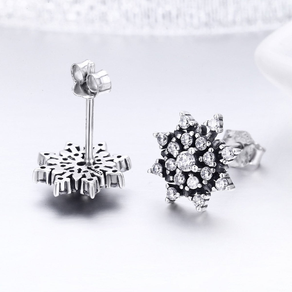 100% 925 Sterling Silver Romantic Snowflake Luminous CZ Stud Earrings for Women Fine Silver Jewelry SCE346