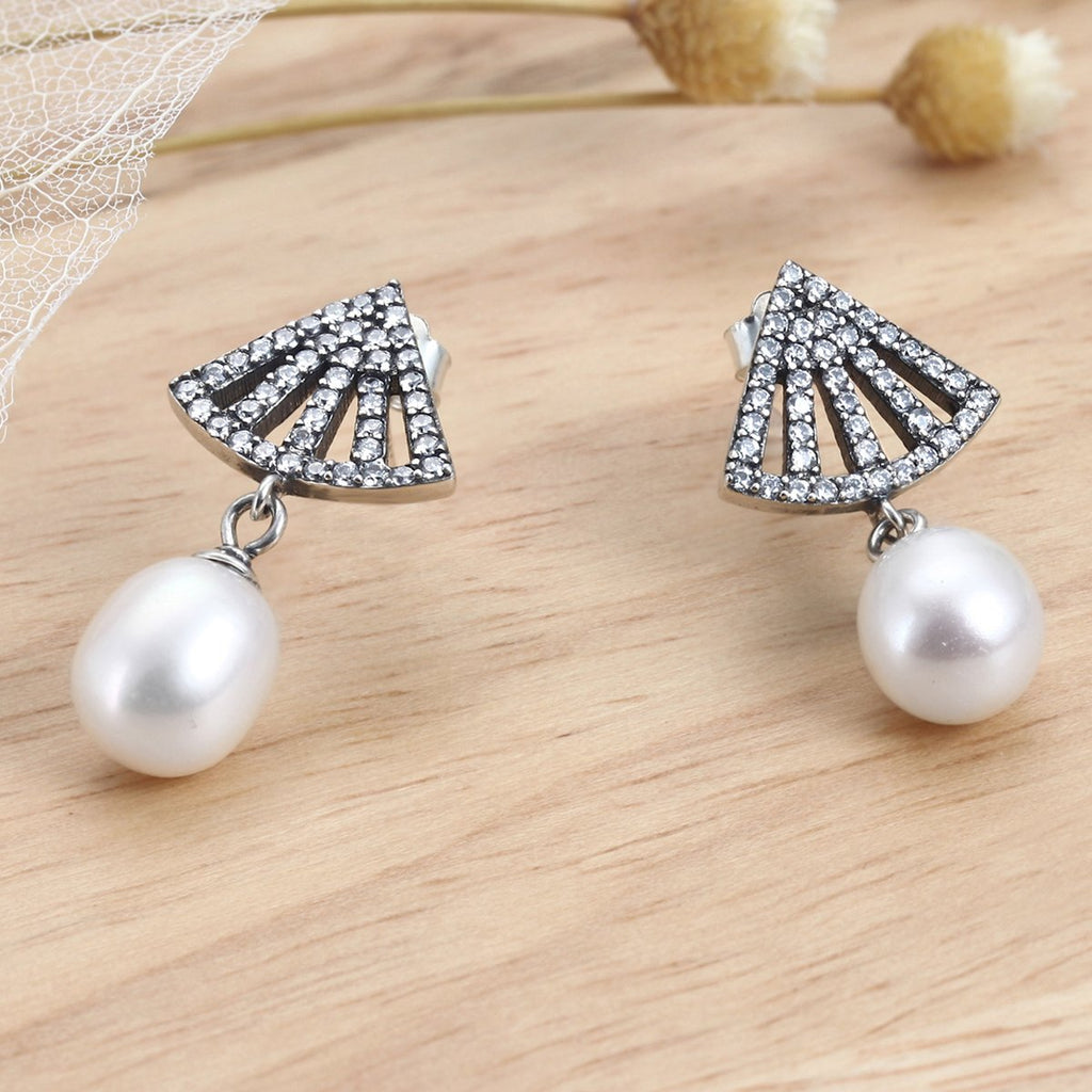 925 Sterling Silver Clear Zircon Pave Fan Freshwater Pearl Drop Earrings Women Elegant VSE102