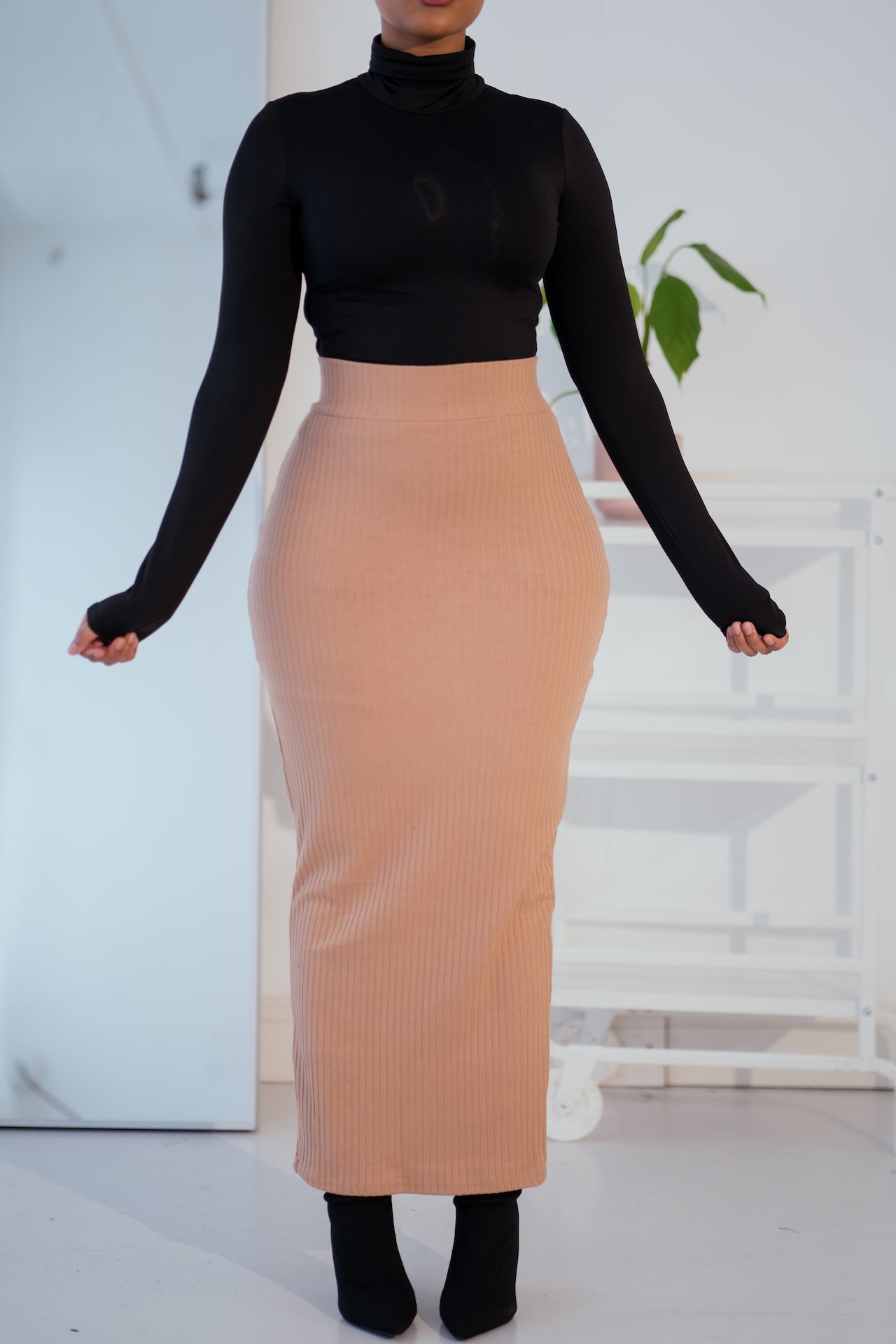 Essential Ribbed Maxi Skirt-Nude