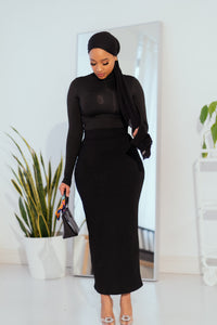 Essential Ribbed Maxi Skirt- Black