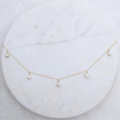 5 Small Pearl Necklace Annalise