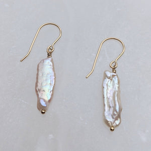 Biwa pearl gold hook earrings - Amelia