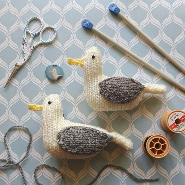 Jeff the seagull knit kit