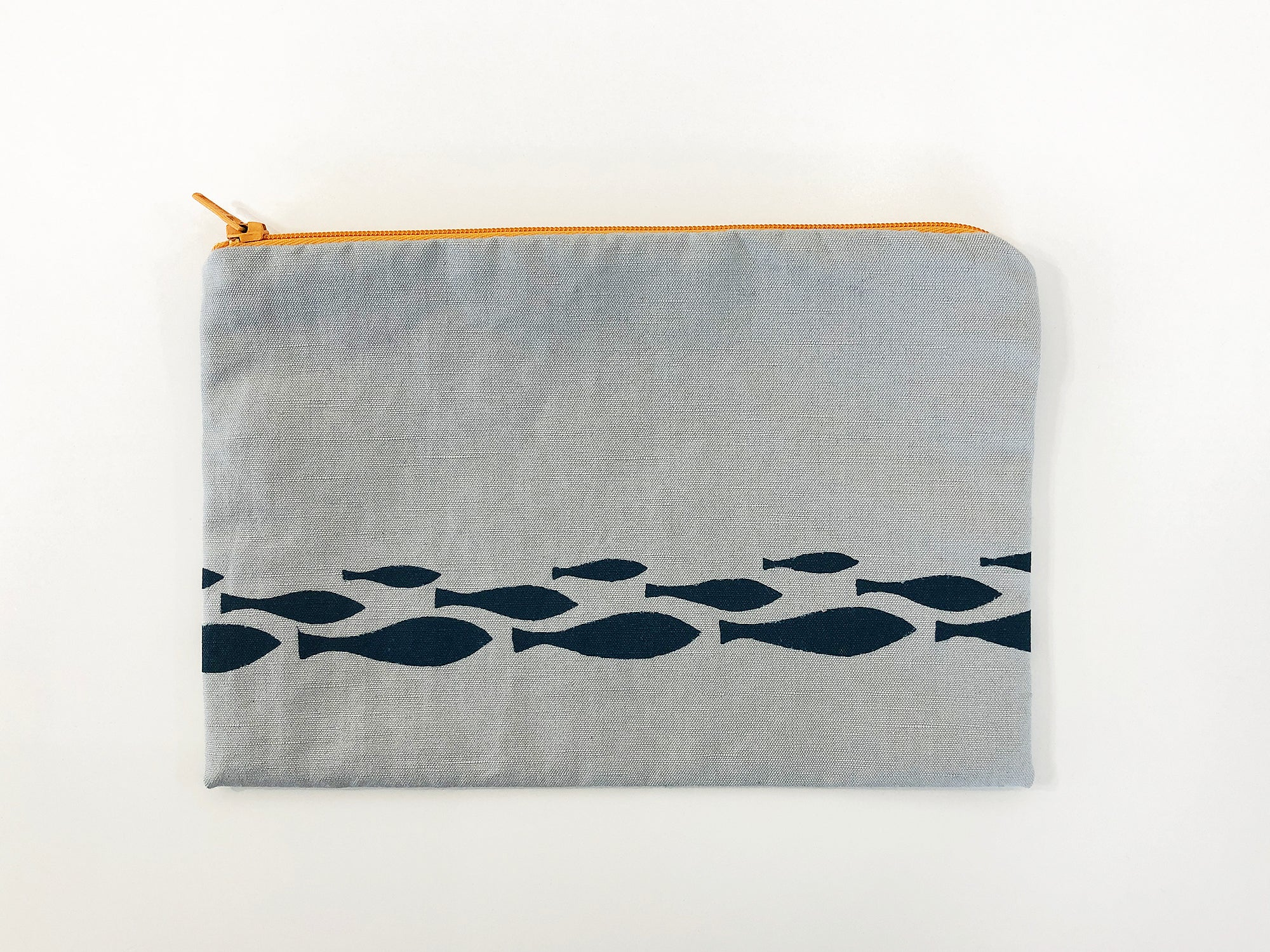 Little fishes grey pouch