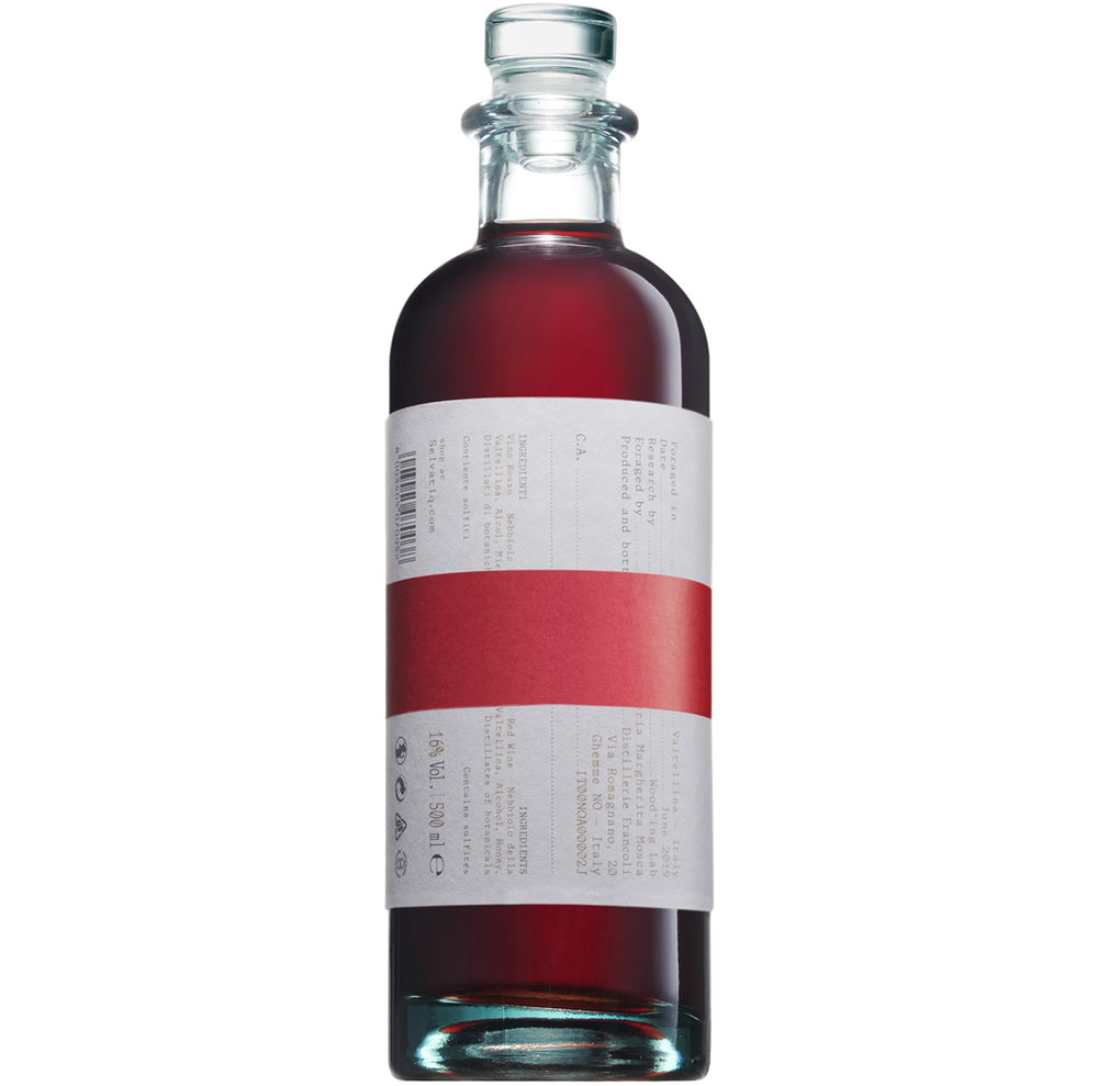 Selvatiq Vermouth italiano distillato in bottiglia design label