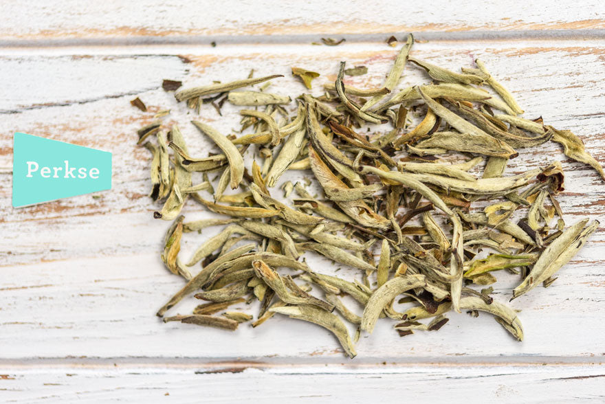 white-loose-leaf-tea