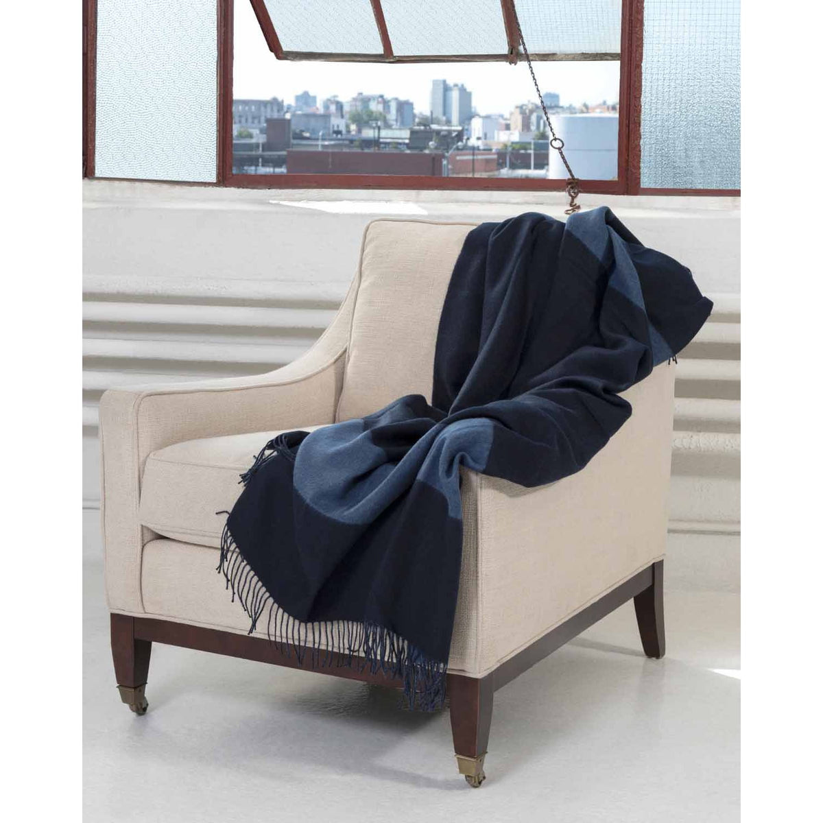 Double Face Throw-Amicale Cashmere