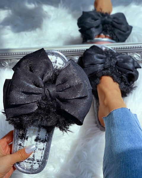 Fluffy Bowknot Design Flat Slipper