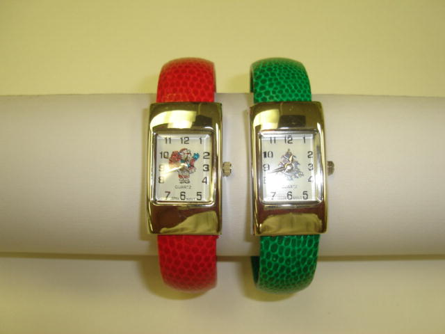12 Geneva Christmas Cuffs