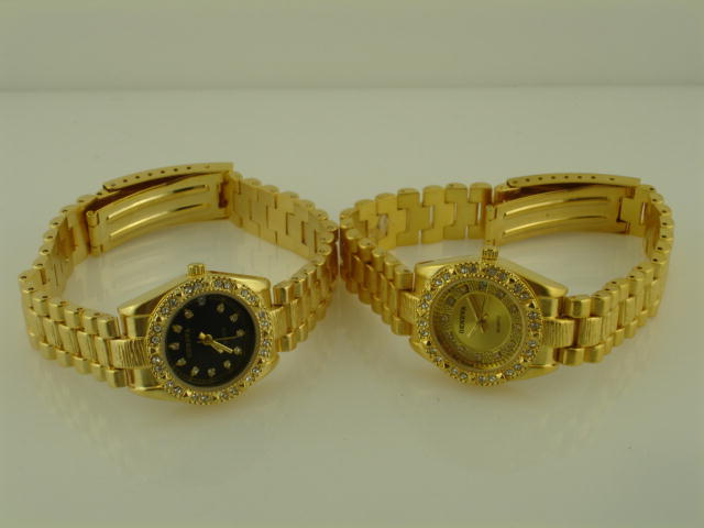 6 Womens Gold Metal Band Watch