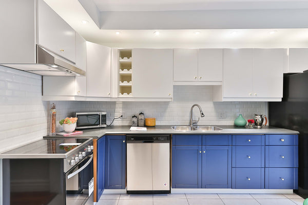 spray painting kitchen cabinets service