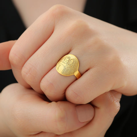 ring with picture