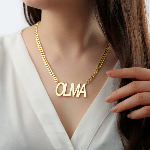 gold chain with name pendant
