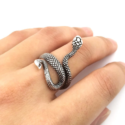 1 Piece European New Retro Punk Exaggerated Spirit Snake Ring Fashion Personality Stereoscopic Opening Adjustable Ring Jewelry