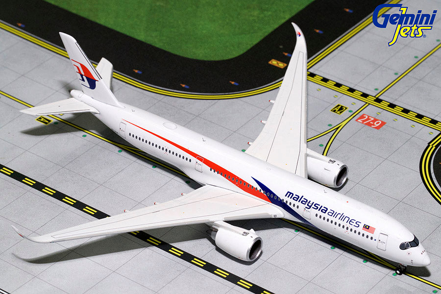 GeminiJets GJMAS1742 1:400 Malaysia Airlines Airbus A350-900 9M-MAB