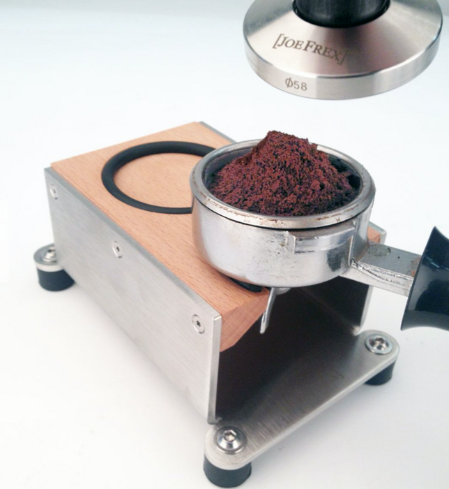 Tamping Station Exclusive natural beech