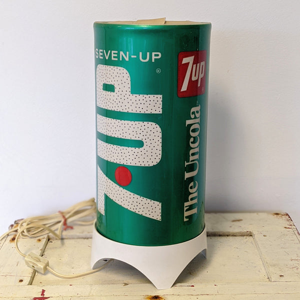 Vintage 7-Up Soda lamp turned on off